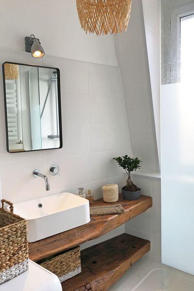 Machine A Laver Seche Linge Darty Carrelage Leroy Merlin Mitigeur Grohe 150 Euros Bac De Douche Leroy Merlin 100 Euros Miroir Fl Small Bathroom Very Small Bathroom White Bathroom