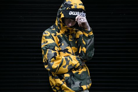 9e243fa87d9753 Here s How London Styled Out the First Look at Supreme x Nike s ...