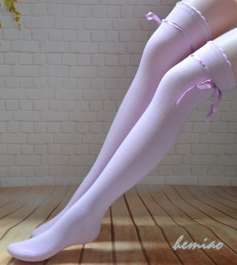 Thigh High Socks Outfit, Knee Socks Outfits, Thigh Socks, Striped Boots, Lace Boot Socks, Purple Socks, Hunter Boots Outfit, Fashionable Snow Boots, Teen Girl Outfits