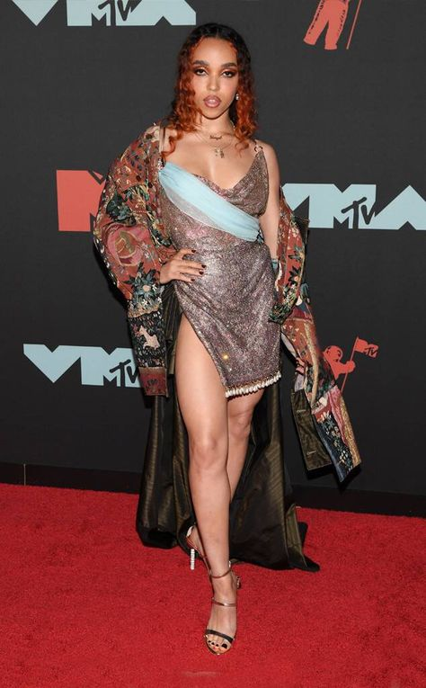 FKA Twigs from 2019 MTV VMAs: Riskiest Looks The singer stays true to her signature style on the red carpet.