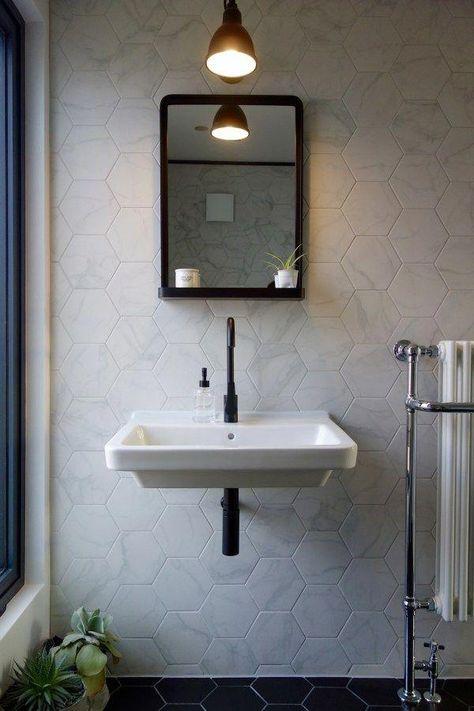 Idee Von Drea Rea Auf Lampen In 2020 Badspiegel Mit Regal Kuchenspiegel Spiegel Mit Ablage