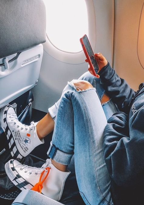 61 Ideas For Travel Outfit Ideas Sneakers Sneakers Mode, Sneakers Fashion, Fashion Outfits, Shoes Sneakers, White Sneakers, Trendy Fashion, Off White Fashion, Fashion Shoes, Converse Shoes