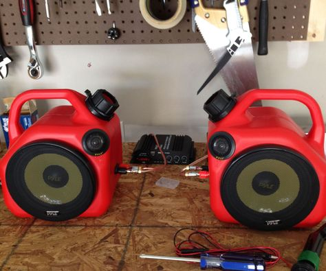 Gas Can Speakers: Some novel garage speakers using plastic gas cans and a speaker kit. Standard gas cans fit a Man Of The House, Diy Speakers, Homemade Speakers, Man Cave Garage, Garage Shop, Garage Art, Garage Design, Garage Workshop, Tool Organization