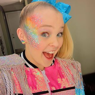 You Will Not Believe How Different Jojo Siwa Looks After Her Makeover From James Charles In 2020 Jojo Siwa Hair Jojo Siwa Instagram Jojo Siwa