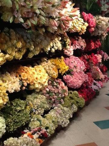 1000 Ideas About Fake Wedding Flowers On Pinterest Fake