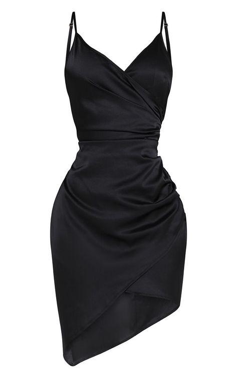 New burgundy wrap dress outfit winter ideas Wrap Dress Outfit, Black Dress Outfits, Winter Dress Outfits, Outfit Winter, Dress Black, Cute Dresses, Casual Dresses, Mini Dresses, Dress Shapes