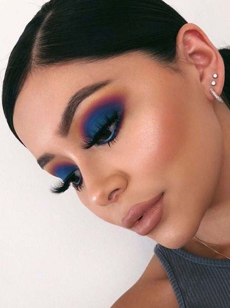 Browse our link to see the best ever eyes makeup, beauty and lipstick trends to wear in year 2019. You may easily make your eyes look more beautiful and cute by following these amazing makeup and beauty trends.