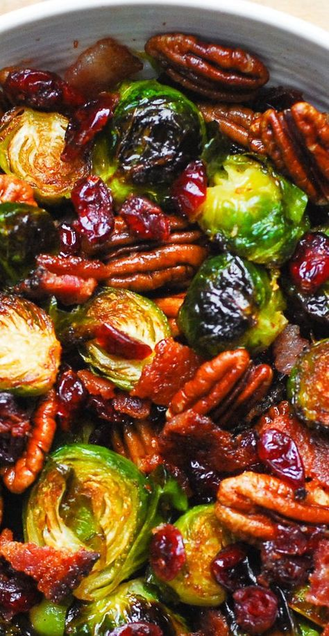 Thanksgiving: Roasted Brussels Sprouts with Bacon, Pecans, and Cranberries is an easy Thanksgiving or Christmas side dish that will add colors and vibrancy to your holiday menu! Veggie Side Dishes, Vegetable Dishes, Side Dish Recipes, Side Dishes For Turkey, Health Side Dishes, Veggie Recipes Sides, Vegetarian Recipes, Cooking Recipes, Healthy Recipes