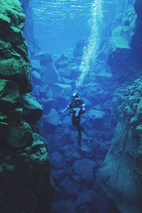 With seventy percent of the planet underwater, you've got to dive in to truly see what the world has to offer. Since getting scuba certified, I've been obsessed with traveling to the best dive sites around the world. The Silfra Fissure in Iceland is one o Best Scuba Diving, Scuba Diving Gear, Cave Diving, Sea Diving, Moustiers Sainte Marie, Image Nature Fleurs, California Coast, Laos, Iceland Travel