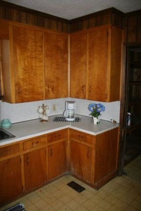 Learn All About How To Remediate Mold On Back Of Kitchen Cabinets From This Politician Kitchen Schone Schlafzimmer Schlafzimmer Einrichten Schlafzimmer Ideen