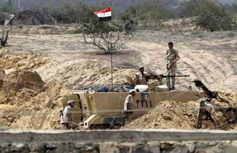 مصر مقتل 5 عسكريين في تفجير مدرعة لقوات الجيش بسيناء