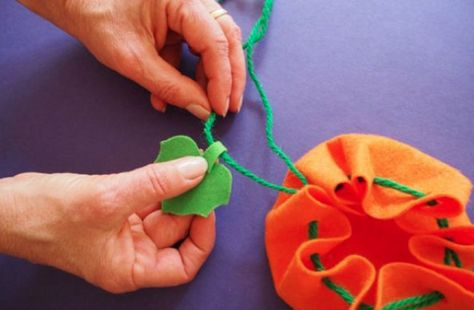 Create your own candy pouches - DIY Halloween Crafts to Make with Your Kids - Photos