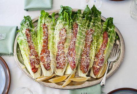 "COGOLLOS ""CESAR"" (Caesar Wedge Salad with bacon) #RecetasDeEnsaladas #RecetasFaciles"