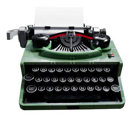 Psssst! LEGO Vintage Typewriter Set | Poppytalk