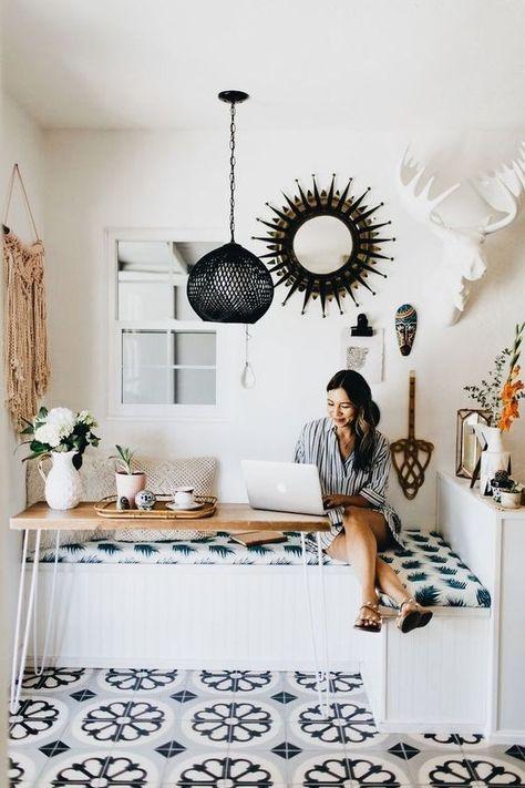 regardsetmaisons: Astuce petits espaces : une banquette dans la cuisine