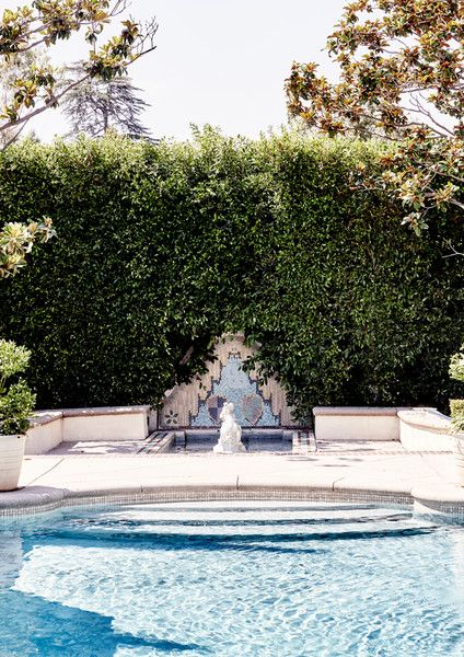 Pool Hangs - Inside The Stately Home Of Los Angeles Jewelry Designer Jeet Sohal - Photos