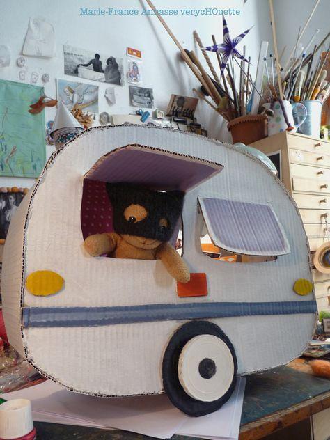 caravane en carton pour nounours