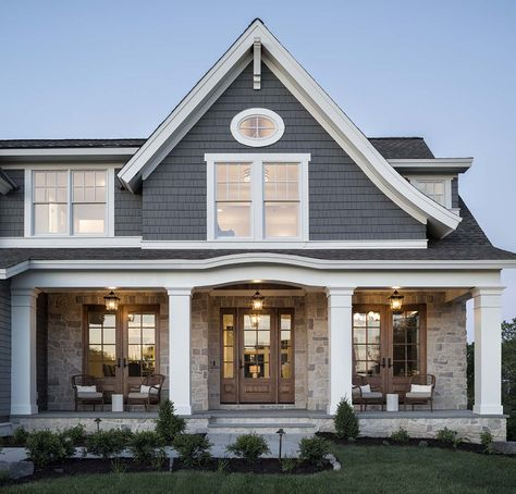 Experience our outstanding 2019 Artisan Home in Shorewood, MN. This Nantucket-inspired home is located just moments from the shores of Lake Minnetonka. Cottage Exterior, House Paint Exterior, Dream House Exterior, Exterior House Colors, Home Styles Exterior, Craftsman Exterior, Exterior Design, Welding Table, Lake Cottage