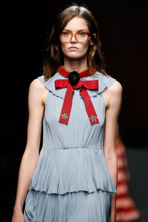 4f8400479e3 Gucci Fall 2015 Ready-to-Wear Accessories Photos - Vogue