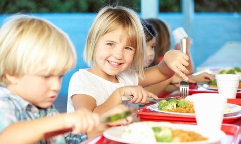 Using Fresh and Local Ingredients to Improve School Meals in the Midwest