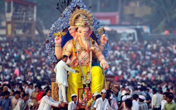 Ganpati Songs In Hindi Free Download In 2020 Ganpati Songs Ganesh Happy Ganesh Chaturthi