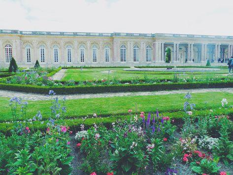 Jardin Du Petit Trianon Versailles
