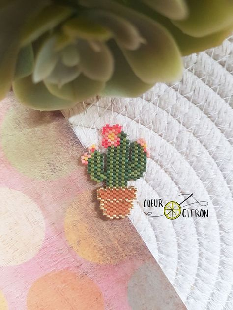 DIY beaded brooch Cactus \u0421actus embroidery