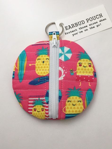 Pineapple Beach Quilted Earbud Pouch | Beach quilt, Pouch ...