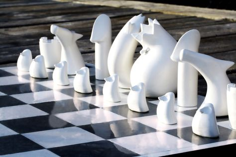 Chess game to trigger children's imagination – Analog Games - Oslo School of Architecture and Design chess set