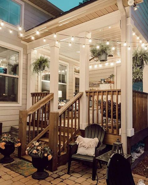 Outdoor Spaces, Outdoor Living, Casas Country, Casa Patio, Backyard Patio Designs, Patio Ideas, Backyard Porch Ideas, My Dream Home, Home Projects