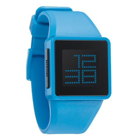 Nixon   Montre bleu ciel   http://www.rienasemettre.fr/shopping-list/montre-digitale-newton-bleu-ciel-nixon/