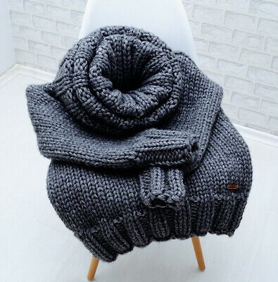 Pin auf Thick Sweaters 11