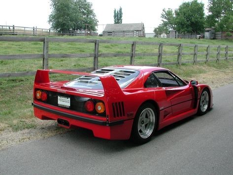 The Mighty Twin Turbo V8 Ferrari F40 No Abs Traction Control Or Any Other Electronic Driver Aid Trickery A True Bucket List Car 400hp Never Corsa E Rosso
