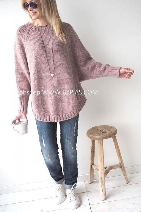 BYPIAS KNITS | Knitting Patterns - Womens StyleВяжется регланом,но не классическим и с разным ритмом прибавок по рукаву и спинке -по рукаву прибавка каждый 5 ряд,по спинке каждый 4 ( увеличте фотку и просто посчитайте).дойдете до конца бокового шва-укороченные ряды.перед короче,спинка длинне-