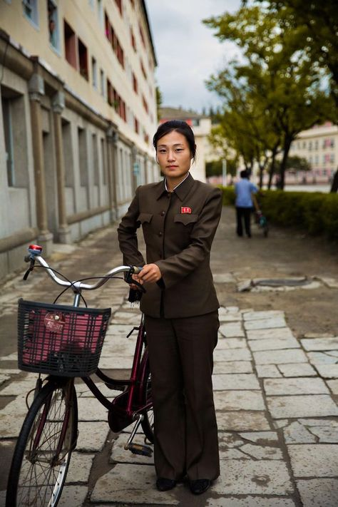 """""""Atlas of Beauty"""" Photographer Provides a Rare Look at Women in North Korea - My Modern Met"""