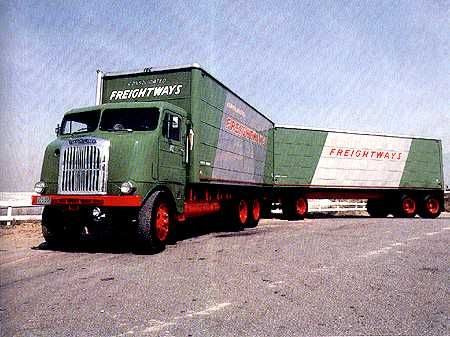 60 Cf Ideas Freightliner Freightliner Trucks Big Trucks