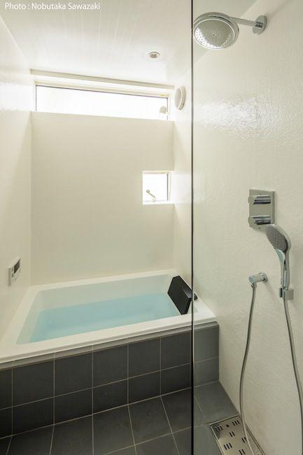 Frp壁の浴室 浴室の改装 小さなバスルームの収納 シンプルモダン