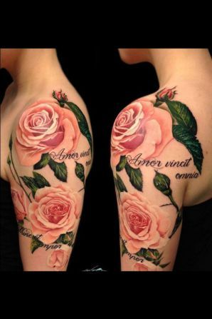 ▷ 1001 + Ideas and inspiring pictures on the subject of roses tattoo ▷ 1001 + Ideen und inspirierende Bilder zum Thema Rosen Tattoo Great idea for a fairytale tattoo with three big pink roses with green leaves idea for woman.