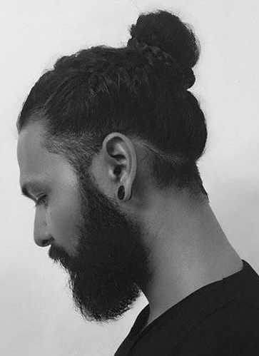 Man bun is one of the savage looks for men and is in trend for all the good reasons. It looks sexy and gives men the bold and rough look. Messy Man Bun is the favourite among men when it comes to sporting a bun.