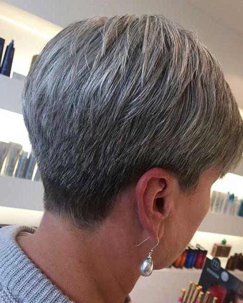 12.Short Haircut Older Women