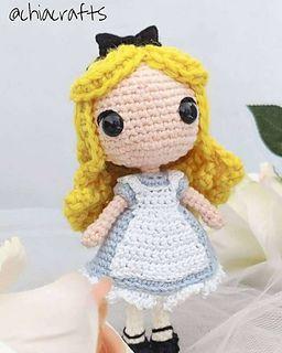 Ravelry: My Crochet Doll pattern by Isabelle Kessedjian | 320x256