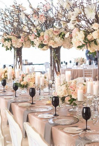 A Spring Magnolia Wedding At The Four Seasons Hotel Toronto – Wedding Decor Toro… A Spring Magnolia Wedding At The Four Seasons Hotel Toronto – Wedding Decor Toronto Rachel A. Clingen Wedding & Event Design www. Wedding Table Centerpieces, Floral Centerpieces, Reception Decorations, Event Decor, Branch Centerpieces, Table Wedding, Floral Wedding, Wedding Colors, Wedding Flowers