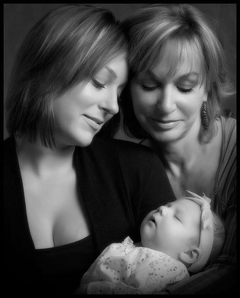 3 generations photo... Love this idea!