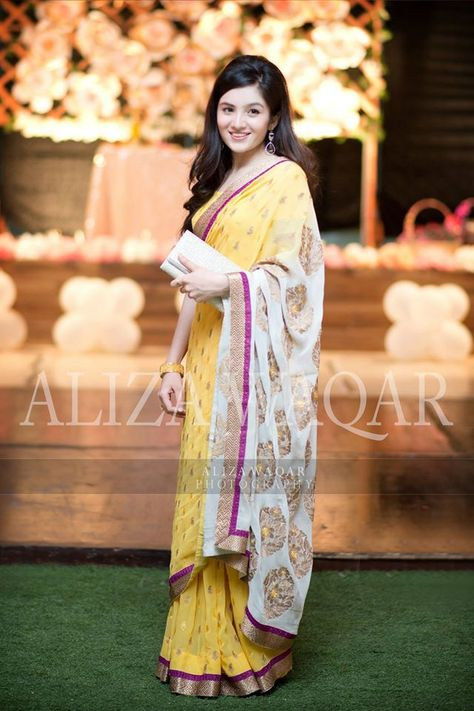 Latest Pakistani Dresses and Frocks 2019 for Wedding Parties
