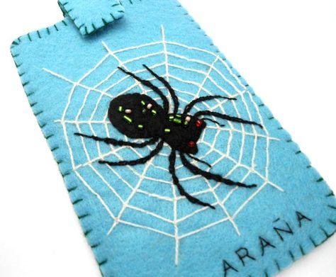Araña para bordaren una funda