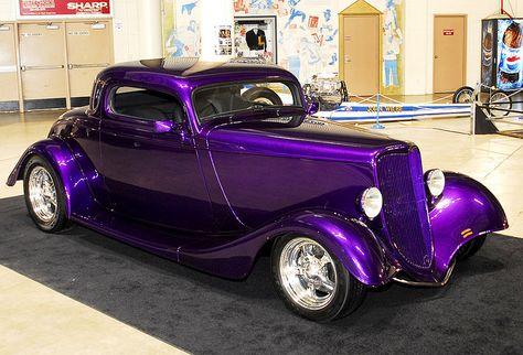 purple hot rod looks like a Ford Luxury Sports Cars, Sport Cars, Sport Sport, Hot Rods, Hot Rod Autos, F12 Berlinetta, Auto Retro, Roadster, Us Cars