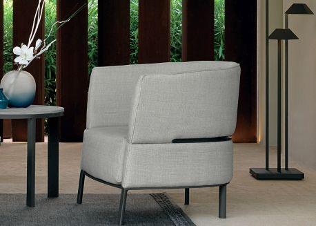 Fauteuil Confortable Au Design Italien Chez Ksl Living Fauteuil Lounge Fauteuil Design Fauteuil Confortable