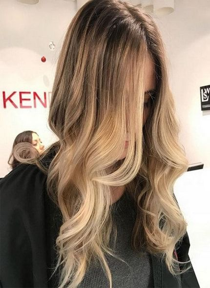 43 Amazing Ideas Of Honey Blonde Hair Color With Lighter Front