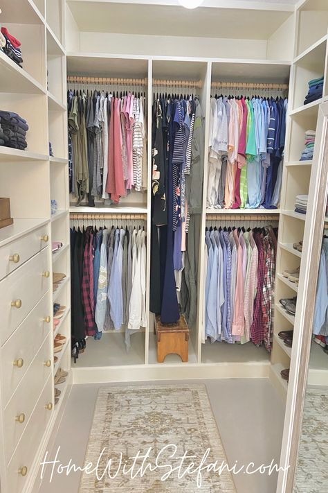 Small Walkin Closet, Diy Walk In Closet, Small Master Closet, Organizing Walk In Closet, Master Closet Design, Closet Redo, Walk In Closet Design, Master Bedroom Closet, Closet Designs