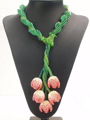 dutch spiral necklace with herringbone vines and peyote tulips. impressive!